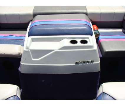 19' Bayliner 1989 is a 19 foot 1989 Bayliner Boat in Gibsonton FL