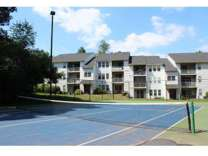 3 Beds - Northwoods Apartments