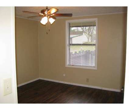 1 Bed - Amhurst Apartments at 106 Amhurst Drive in Erlanger KY is a Apartment