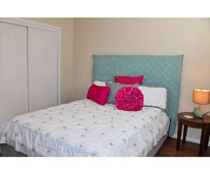 3 Beds - Glen Willows at 5802 Everhart Road in Corpus Christi TX is a Apartment