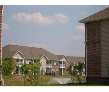 2 Beds - The Heights At Knollwood Crossing at 3298 Reflection Point in Hamilton OH is a Apartment