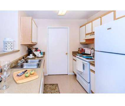 2 Beds - Cambridge Park Apartments at 3414 Shortcut Road in Pascagoula MS is a Apartment