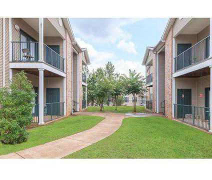 3 Beds - Park at Shiloh at 2911 Shiloh Rd in Tyler TX is a Apartment