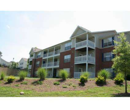 3 Beds - Ashley Cascade at 1371 Kimberly Way in Atlanta GA is a Apartment