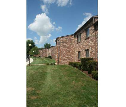 3 Beds - Lexington Manor Apartments at 100 Lexington Ct in Imperial PA is a Apartment