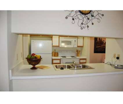 3 Beds - Centennial Gardens at 7841 North Garden Manor Dr in Memphis TN is a Apartment