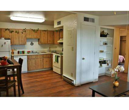 2 Beds - Highland Woods Apartment Homes at 555 N 7th St in Sierra Vista AZ is a Apartment