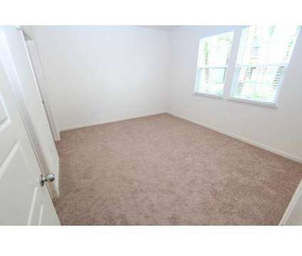 2 Beds - Tapestry Lake Park Apartments at 18402 Tapestry Lake Cir in Lutz FL is a Apartment