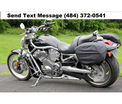 2010 Harley-Davidson VRSC is a 2010 Harley-Davidson Road Bike in Spokane WA