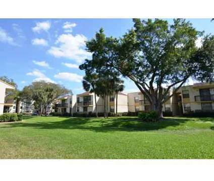 Studio - Jacaranda Club at 8760 Nw 4 St in Plantation FL is a Apartment