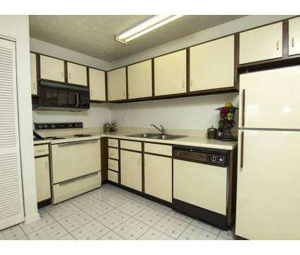 2 Beds - Spinnaker Court at 3685 St Thomas Boulevard in Indianapolis IN is a Apartment