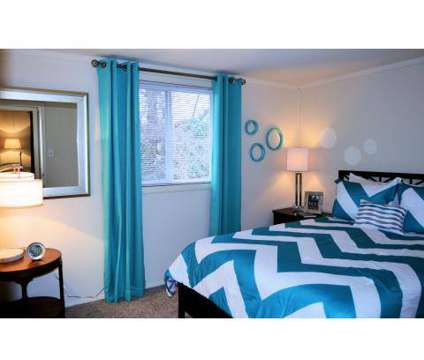 4 Beds - Avalon Townhomes at 2109 Newton Rd in Hampton VA is a Apartment
