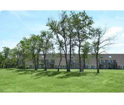 2 Beds - Retreat Northwest at 1130 Racquet North Dr in Indianapolis IN is a Apartment