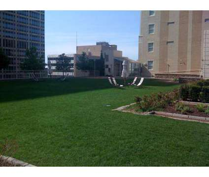 2 Beds - 909 Walnut at 909 Walnut in Kansas City MO is a Apartment