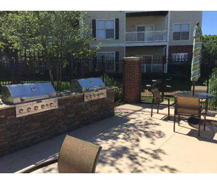 2 Beds - Shallowford Trace at 7510 Shallowford Rd in Chattanooga TN is a Apartment