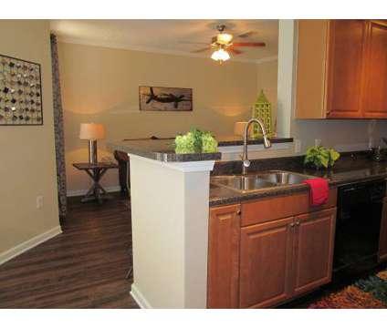 3 Beds - Shallowford Trace at 7510 Shallowford Rd in Chattanooga TN is a Apartment