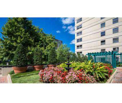 Studio - Huntington Gateway at 5982 Richmond Highway in Alexandria VA is a Apartment