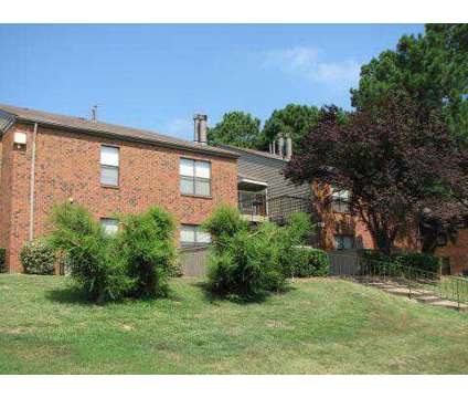 3 Beds - Edgewater at 1880 Sycamore View Rd in Memphis TN is a Apartment