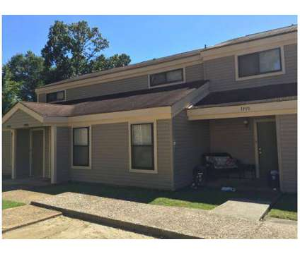2 Beds - The Glen at 6081 Summer Ave in Memphis TN is a Apartment