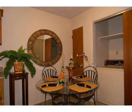 2 Beds - Ridgeway Terrace at 6332 Village Grove Dr in Memphis TN is a Apartment