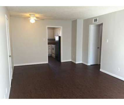 2 Beds - Hunter Oaks at 680 Woodstone Cir in Memphis TN is a Apartment