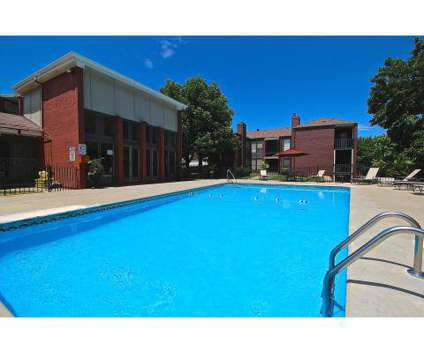 2 Beds - Park South at 10841 State Line Rd in Kansas City MO is a Apartment