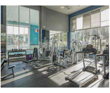3 Beds - Lakeshore Drive Apartments & Health Club at 1 East Lakeshore Dr in Cincinnati OH is a Apartment