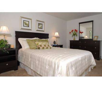 2 Beds - Village in the Park Apartments at 27433 Detroit Rd in Westlake OH is a Apartment