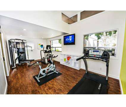 2 Beds - Biltmore Apartments at 555 Laurie Ln in Thousand Oaks CA is a Apartment