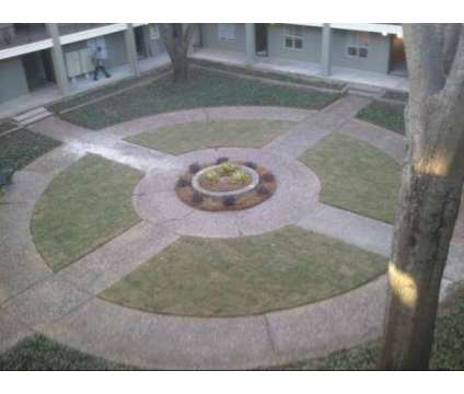 1 Bed - Towne Hill at 20 North Hill Parkway in Jackson MS is a Apartment