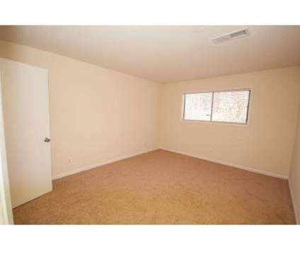 2 Beds - The Pointe at Norcross at 3600 Park Colony Drive in Norcross GA is a Apartment