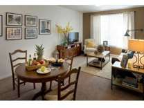 2 Beds - Colonial Court