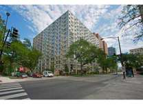 1 Bed - 2933 N Sheridan Apartments