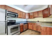 2 Beds - Royal Crest Warwick Apartment Homes