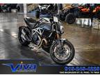 2015 Ducati Diavel Carbon Star White and Matt Carbon