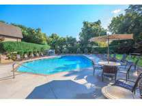 2 Beds - Kingston Pointe
