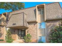 3 Beds - Kingston Pointe
