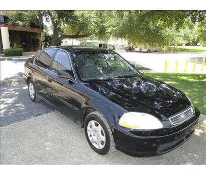 1998 Honda civic is a 1998 Honda Civic Car for Sale in Ormond Beach FL