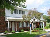 2 Beds - Brittany Park Apartments
