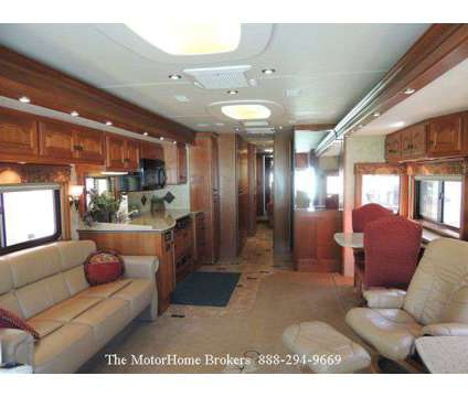 2006 Country Coach Allure 42' w/4 Slide-Outs is a 2006 MZ Country Motorhome in Salisbury MD