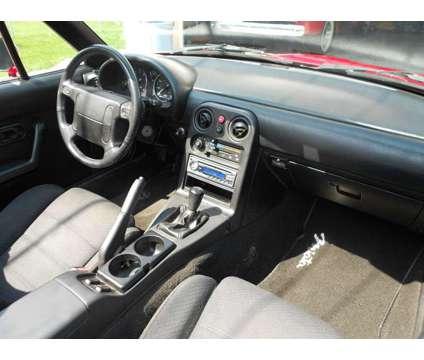 1990 Mazda Miata MX 5 is a 1990 Mazda Miata Convertible in Roseville MI