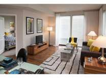 1 Bed - 121 Towne Apartments