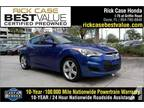 2012 Hyundai Veloster Base 3dr Coupe w/Black Seats