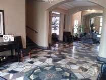 Studio - Plaza Apartment Center