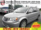 2014 Chrysler Town and Country Touring Touring 4dr Mini-Van