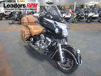 2017 Indian Motorcycle Roadmaster Classic Thunder Black