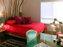 2 Beds - Avalon Venice on Rose