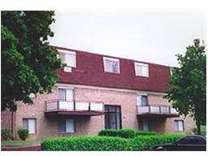 2 Beds - Goodnow Hill and Franconia Apartments