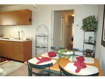 3 Beds - Gardenvillage Apartments