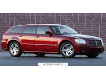 2005 Dodge Magnum SE